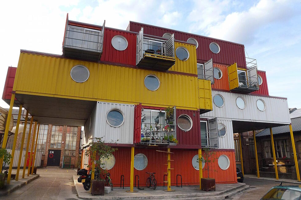 Cmglee_Container_City_small